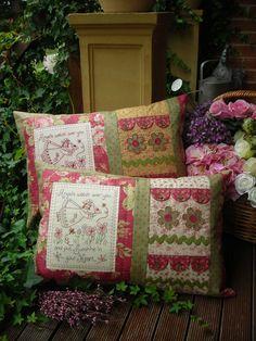 Stitchery & Quilting Pillows - love them!!