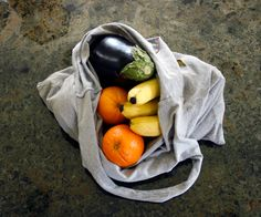 #GreepTip Recycled t-shirts make great #DIY produce bags. Reuse and conserve on your next trip to the grocery store and farmer's market.