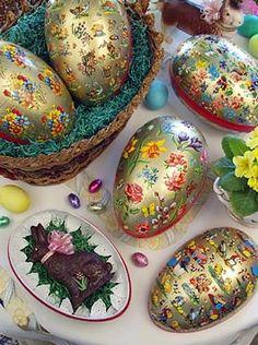 Extra-Large Golden Nostalgia Easter Egg Boxes
