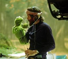jim henson bringing life to kermit