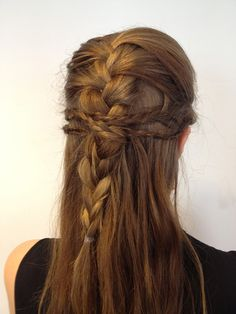 Multi-Braid Half-Updo in 3 Steps