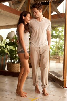 New Breaking Dawn still.