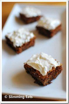 Mini Carrot Cake Bites | Slimming Eats - Slimming World Recipes. 3 syns for 4 of the mini cakes.