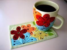 mug rug. These flowers are fun.