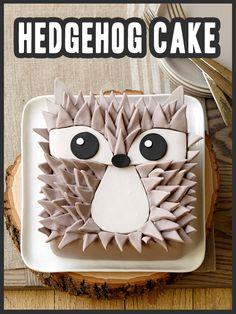 How to make a Fondant Hedgehog Cake #wilton #cake #cakedecorating #dessert