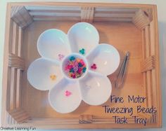 A simple fine motor and color sorting activity task tray by Creative Learning Fun