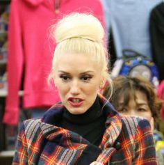 Gwen Stefanis high, messy bun