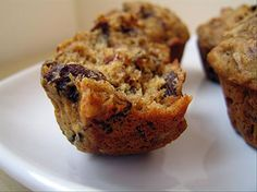 Sugarless Fruit Nut Muffins. weight watchers, muffin recipes, fruit nut, coconut oil, cereal muffin, nut muffin, fruiti cereal, dessert, dried fruits