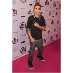 Justin Bieber Photos - MTV Europe Music Awards 2011 - Arrivals -... ❤ liked on Polyvore