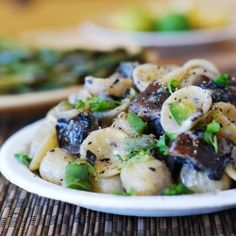 Pasta with portobello mushrooms recipe