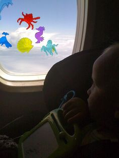 Tips for airplane travel with kids (some of the best ideas I've read!)@laurasmiley