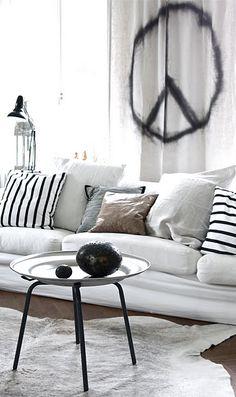 ★ Living Room