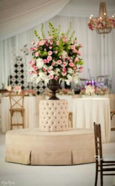 Wedding Deluxe Decor | Via ~LadyLuxury~ grand arrang, pari theme, mariag secret, delux decor