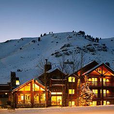 Top 10 ski trip hotels | Rusty Parrot Lodge, Jackson Hole, WY | Sunset.com