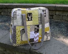 Quilted Weekender Bag using Amy Butlers pattern.  Lots of great TIPS from Elizabeth on how to make it without a lot of interfacing.