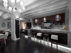 Le nostre realizzazioni d 39 arredamento on pinterest for Arredamenti ristoranti moderni
