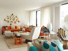 awesome MCM living room--image via Annie Kelly