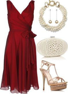 Lady in Red   Daily Fashion Post