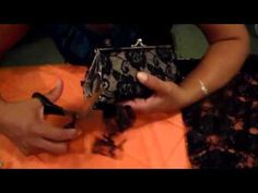▶ Como Reciclar y Reusar Una Cartera Vieja - YouTube