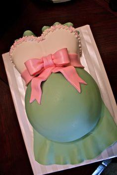 Pretty Baby Bump Cake