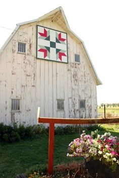Love the barns with quilt blocks painted on them!