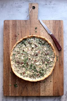 Date, Parsley and Sumac Quiche with Crushed Almonds Recipe