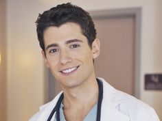 Wren, the gorgeous doctor on Pretty Little Liars (: