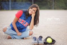Awesome softball idea by Marissa McInnis Photography!