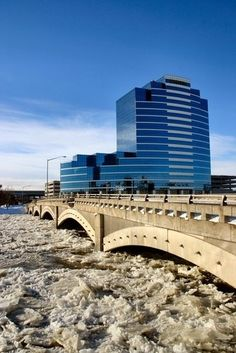Ice on the Grand River in Grand Rapids.