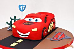 Lighting McQueen cake by The Sweetery - by Diana