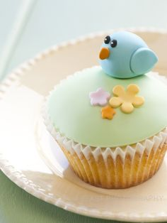 Robyn...This is my Bluebird cupcake!