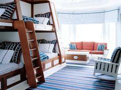 Love built-in bunk beds