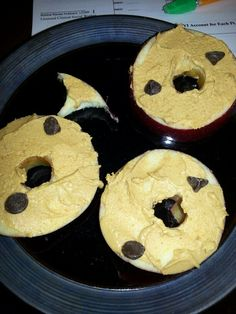 Apple PB2 and chocolate chips..... Only 2PP on weight watchers for a really good snack!! Another pin win! - RH