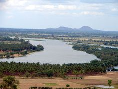 The views from the temple of the River Cauvery and surrounding countryside are magnificent.