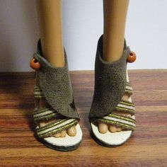 Fashion Doll Shoes how to