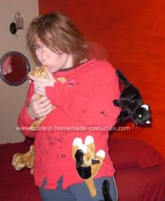 OMG. This is SO what I'm going as for halloween! Homemade Crazy Cat Lady Costume