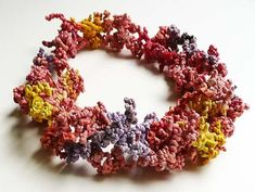 Rubberband Bracelet - Margarita Mileva: Jewelry from obsolete office supplies.