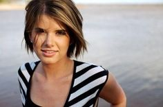 355 Short Hairstyles: Bob w/ Razored Ends