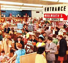 The jam packed crowd at a Woolworth's location in 1955. I always love vintage department store and supermarket images like this - I can't help but daydream wistfully about the days when (more) people still dressed elegantly while doing daily errands like grocery shopping. #supermarket #grocery #store #crowd #vintage #homemaker #housewife #shopping #food