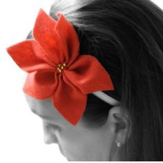 Pretty Poinsettia Headband - Fashioning felt into a floral shape is the hardest part of this easy DIY baby headband tutorial.