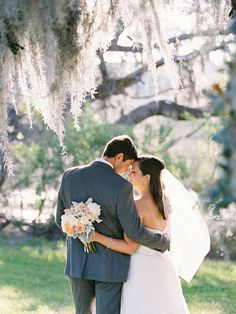 Perfect bride & groom portrait | Photography: Virgil Bunao - virgilbunao.com  Read More: http://www.stylemepretty.com/2014/05/08/rustic-southern-winter-wedding/