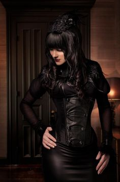 . gothic obsess, androgynous gothic, gothic style, black hair, gothic makeup, black leather, corset, black festiv, feather