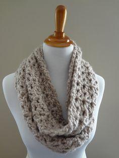 beginner crochet, infinity scarfs, crochet scarf patterns, knit scarves, crochet patterns