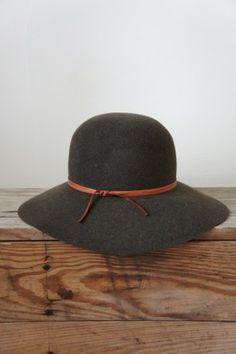 BillyKirk Women's Wide Brim Hat