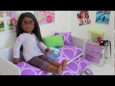 How to make a doll trundle bed. This is SUPER easy and helpful