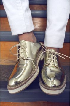 kick, summer fashions, style, footwear, gold feet, men shoes, leather shoes, gold loafer, gold shoes