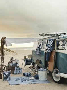 love love love this volkswagen combie van #vintage #seaside #sand