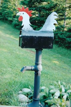 Rooster mailbox