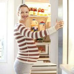 Tips on how to eat healthy during #pregnancy, and which nutrients to look out for, including omega-3s and protein.