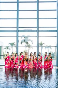 Bridesmaids in pink. Photography: Z Media
